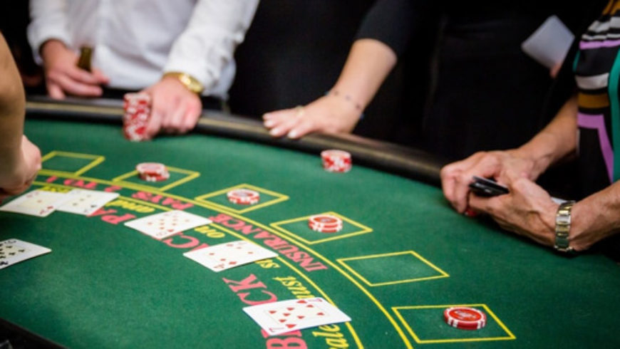 How Casinos get People to Gamble More